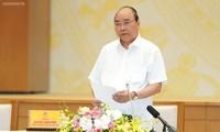 Premierminister Nguyen Xuan Phuc leitet Online-Konferenz über die Auszahlung des öffentlichen Investitionskapitals