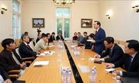 Vietnam erfährt etwas über die duale Ausbildung in Deutschland