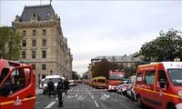 Attentäter der Messerattacke gegen Polizisten in Paris ist ein Extremist