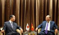 Premierminister Nguyen Xuan Phuc empfängt Generalsekretär der japanischen Liberaldemokratischen Partei