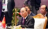Premierminister Nguyen Xuan Phuc nimmt an der Vollversammlung des 35. ASEAN-Gipfels teil