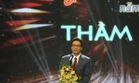 Vize-Premierminister Vu Duc Dam: Die Lehrer sollen gute Fachkenntnisse und Moral haben