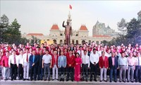 Sportler in Südvietnam reisen auf die Philippinen für Südostasien-Spiele