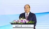 Premierminister Nguyen Xuan Phuc nimmt an der Feier zum 20. Gründungstag des vietnamesischen Textilverbands teil