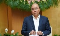 Premierminister Nguyen Xuan Phuc: Trotz Schwierigkeiten sind die Wirtschaft und Gesellschaft stabil