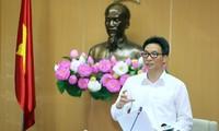 Vize-Premierminister Vu Duc Dam: Krankheit kontrollieren, sicher zusammenleben, positiv anpassen