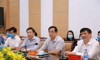 Das Gesundheitsministerium schickt weitere führende Professoren in Zentralvietnam zur Covid-19-Bekämpfung
