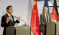 Deutschland und China verpflichten sich zur Förderung der Beziehungen und des Multilateralismus