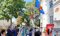 Fotoausstellung über das Land und die Menschen Vietnams in Rumänien