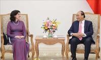 Premierminister Nguyen Xuan Phuc empfängt kubanische Botschafterin
