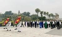 Leiter von Ho-Chi-Minh-Stadt besuchen den Friedhof der gefallenen Soldaten