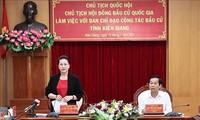 Parlamentspräsidentin Nguyen Thi Kim Ngan tagt mit dem Verwaltungsstab für Wahlen in der Provinz Kien Giang