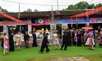 """""""Vietnam mit Farben der Volksgruppen"""" würdigt die unterschiedlichen kulturellen Werte"""