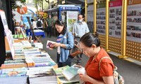 Eröffnung des Buchfests in Ho-Chi-Minh-Stadt