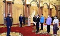Staatspräsident Nguyen Xuan Phuc empfängt Botschafter