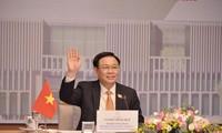 Parlamentspräsident Vuong Dinh Hue besucht das Europäische Parlament