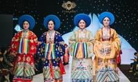 Traditionelle Trachten heben vietnamesische Kulturwerte hervor