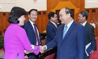 응우옌 쑤언 푹 총리,해외상주 외교대표기관장 및 대사들을 접견했다