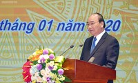 응우옌 쑤언 푹 총리, 2020년 중앙은행 시무식 참석