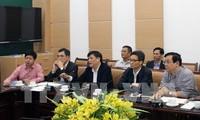 부 득 담 부총리, 코로나 19 치료지원 온라인관리센터 점검