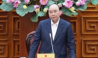 응우옌 쑤언 푹 총리, 일부 교통사업 관련 국무회의 주재