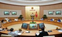 응우옌 쑤언 폭 총리, 청년 코로나19 예방 노력에 적극적 동참 격려