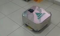 하노이 2호 중앙열대병원,방역 청소-소독 로봇을 시험