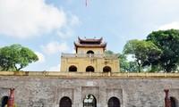 베트남 유명 관광지, 문을 열고 관광객들을 맞이하기 시작