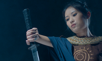 베트남 가수 당 마이 프엉, 빌보드 어덜트 컨템포러리 차트 2위에 올랐다.