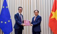 베트남, EU에 EVFTA 밎 EVIPA 국회 승인 결정 통보 공한 전달
