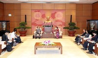 응우옌 티 낌 응언(Nguyễn Thị Kim Ngân) 국회의장, 일본 및 캄보디아 대사 접견