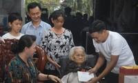 국회의장, 꽝남과 다낭의 베트남 영웅어머니 및 정책대상가족 방문