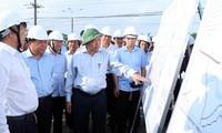응우옌 쑤언 푹 총리, 롱탄공항사업 진척사항을 점검