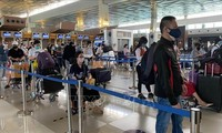 인도네시아발, 210명 이상의 베트남 국민 귀국 조치