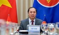 아세안, 베트남 동해와 지역의 평화와 안정에 기여하기 위한 연대와 헌신유지