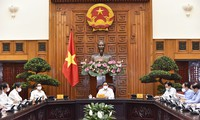 팜 민 찐 총리: 인력자원이 국가건설발전의 결정요소