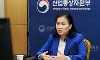 한국, 전세계 코로나19백신 부족  해결에  노력