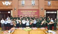 ベトナム人民軍 祖国・党・国家・国民に忠実