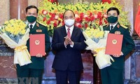 응우옌 쑤언 푹 국가주석, 군 장성 진급 결정
