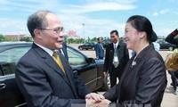 ប្រធានរដ្ឋសភា Nguyen Sinh Hung អញ្ចើញទៅបំពេញទស្សនកិច្ចជាផ្លូវការនៅឡាវ