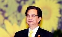 នាយករដ្ឋមន្ត្រី Nguyen Tan Dung អញ្ជើញចូលរួមផ្សារណាត់ពិព័រណ៍អាស៊ាន-ចិន (CAEXPO)
