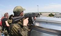 កងទ័ពរដ្ឋាភិបាលអ៊ុយក្រែនដណ្តើមការត្រួតពិនិត្យនៅព្រលានយន្តហោះ Donetsk ឡើងវិញ