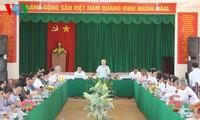 អគ្គលេខាបក្សវៀតណាមលោក Nguyen Phu Trong អញ្ជើញបំពេញការងារនៅ ស្រុក My Xuyen ខេត្ត Soc Trang