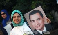 អតីតប្រធានាធិបតីអេហ្ស៊ីប លោក Hosni Mubarak ត្រូវបានដោះលេង