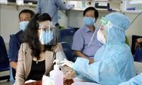 Kota Ho Chi Minh Usulkan Menambah 7.000 Petugas Medis untuk Pencegahan dan Pengendalian Pandemi COVID-19