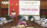 Deputi PM Vu Duc Dam Minta Provinsi Hau Giang untuk Kuasai Pandemi yang Baik Sebelum Penerapan Jarak Sosial Berakhir