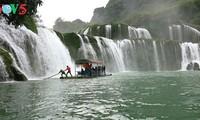 东南亚最大的天然瀑布——板约瀑布