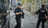 西班牙警方击毙巴塞罗那恐袭案嫌犯