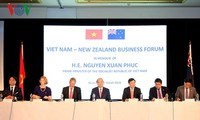 越南政府总理阮春福出席越南和新西兰企业论坛