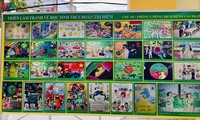 芹苴市儿童及其关于新冠肺炎疫情的绘画作品